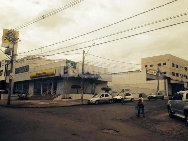Prédio em Jardim Aparecida, Campinas - SP