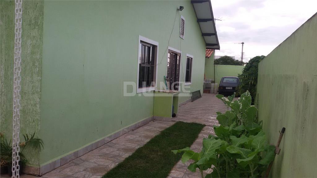 Casa de 3 dormitórios em Jardim Das Tulipas, Holambra - SP