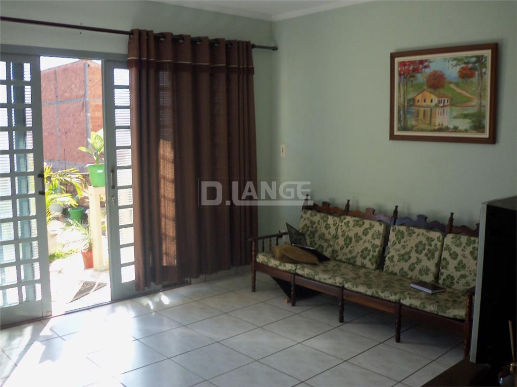 Casa de 2 dormitórios em Jardim Novo Mundo, Valinhos - SP