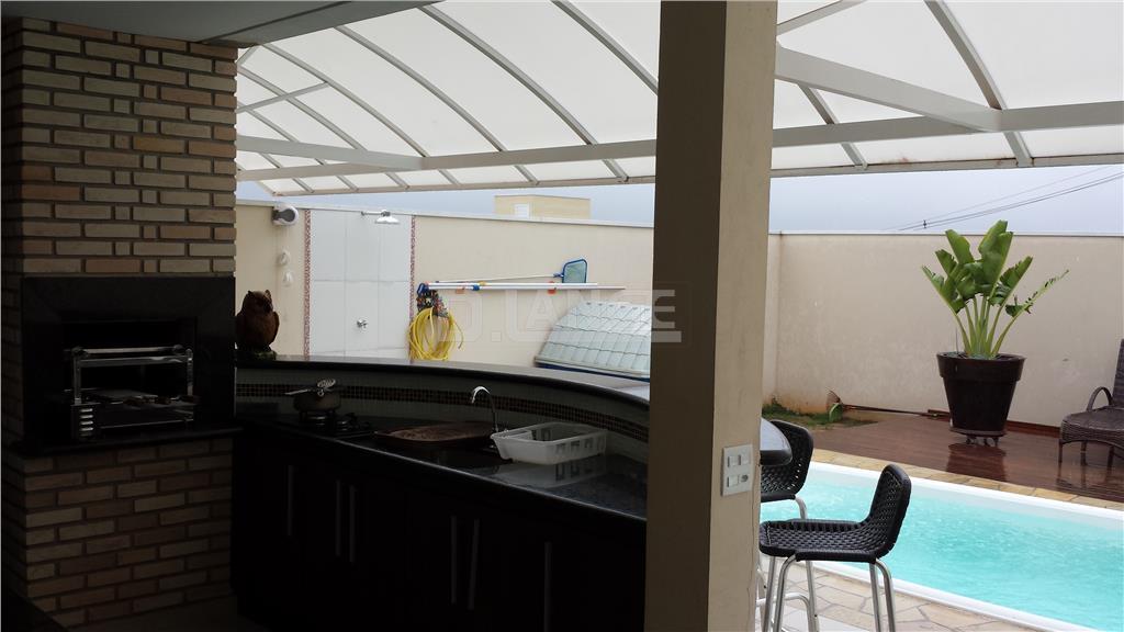Casa de 3 dormitórios em Swiss Park, Campinas - SP