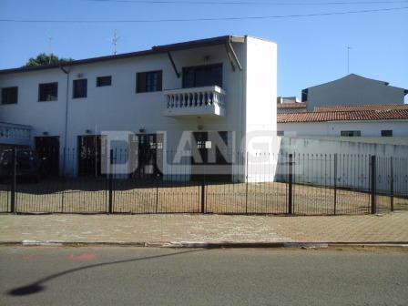 Casa de 4 dormitórios em Jardim Pacaembu, Campinas - SP