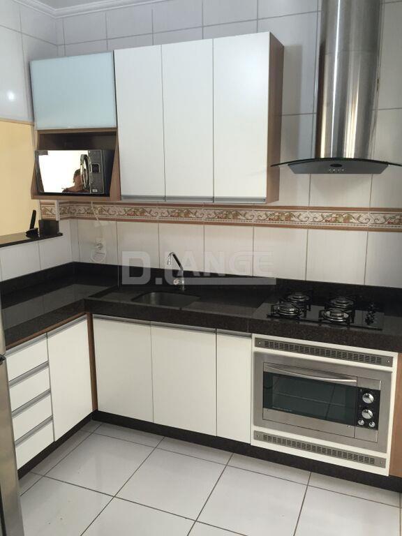 Casa de 3 dormitórios em Jardim Bom Sucesso, Campinas - SP