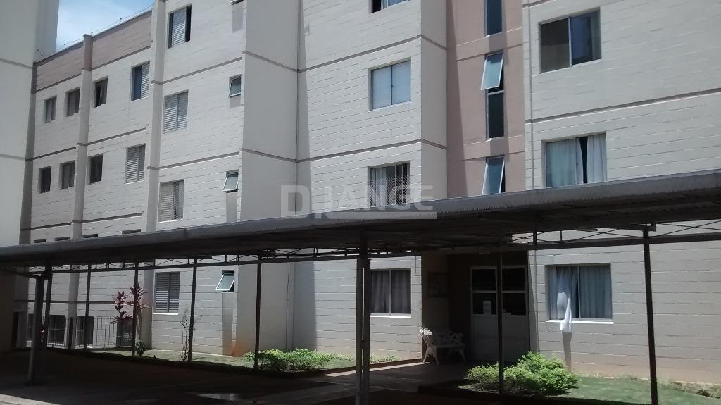 Apartamento de 2 dormitórios em Jardim Pacaembu, Campinas - SP