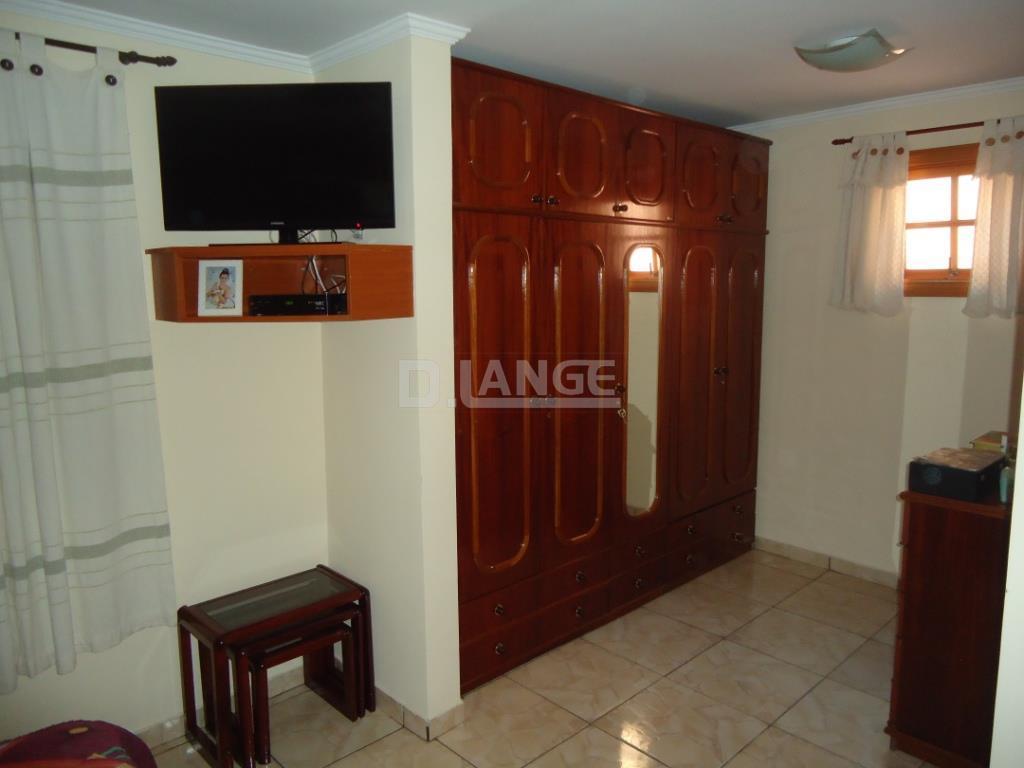 Casa de 2 dormitórios em Vila Perseu Leite De Barros, Campinas - SP