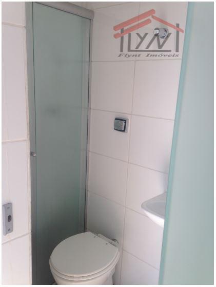 apto em ótima localização e reformado, com 3 dorm com armários (4º dorm empregada/escritório com banheiro),...