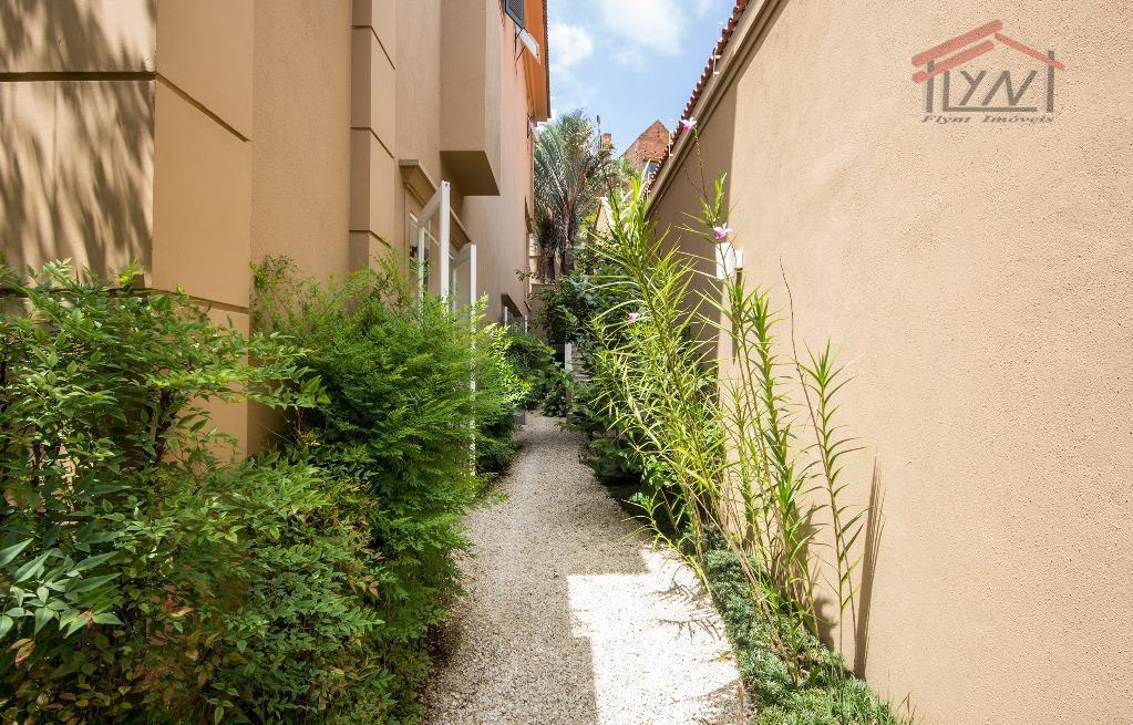 casa charmosa com excelente divisão.venha morar em um bairro com muito verde, em rua tranquila e...