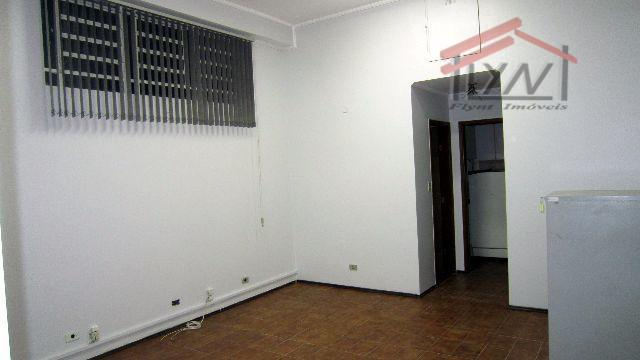 casa para comercio, com 170m, tem 3 salas grandes,com ar condicionada, rede para computadores, internet, 1...