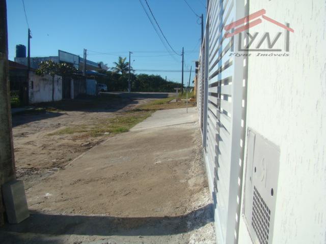linda casa a venda em peruíbe ! são casas de 70 metros quadrados separadas;2 dormitórios com...