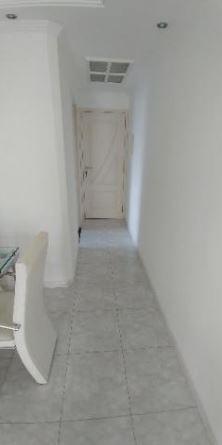 lindo apartamento para locação na vila guilherme, praticamente mobiliado...são 3 dormitórios, sendo 1 transformado em escritório.armários...