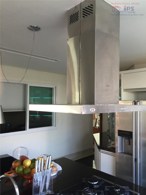 central no condomínio, projetos estrutural, iluminação, jardinagem. 4 suites ( mais uma opcional), salas de visitas,...