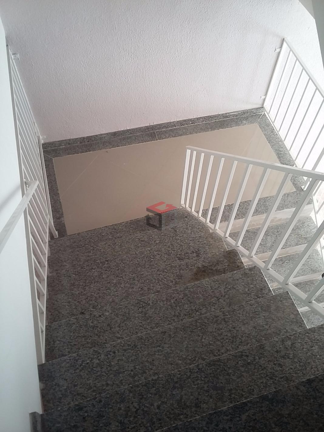 Cobertura de 2 dormitórios à venda em Jardim Santo André, Santo André - SP
