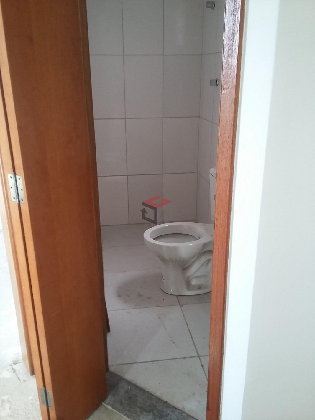 Cobertura de 2 dormitórios em Jardim Santo André, Santo André - SP