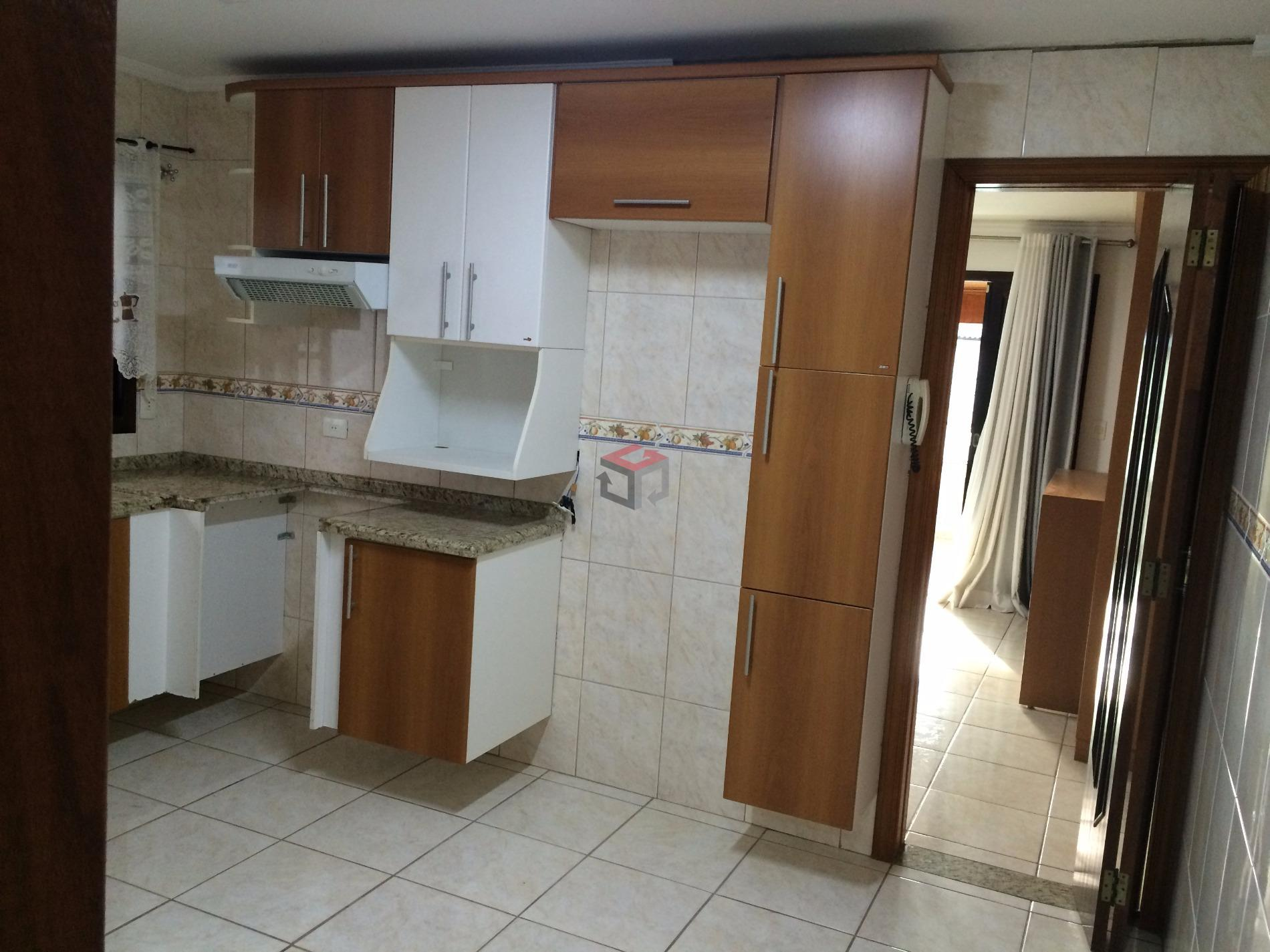 Casa de 3 dormitórios em Santa Terezinha, São Bernardo Do Campo - SP