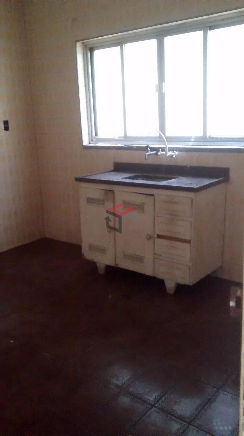 Sobrado de 2 dormitórios à venda em Vila Assunção, Santo André - SP