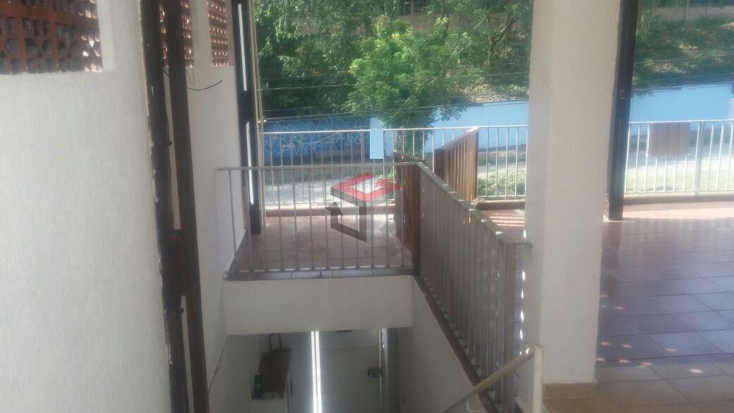 Sobrado de 3 dormitórios à venda em Vila Luzita, Santo André - SP