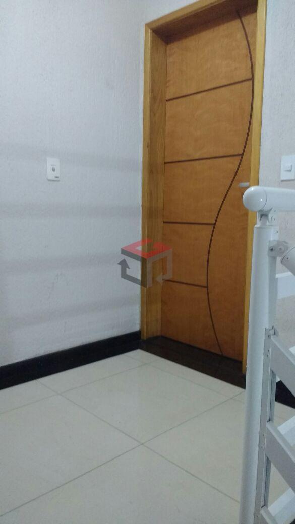 Apartamento de 2 dormitórios à venda em Jardim Bom Pastor, Santo André - SP