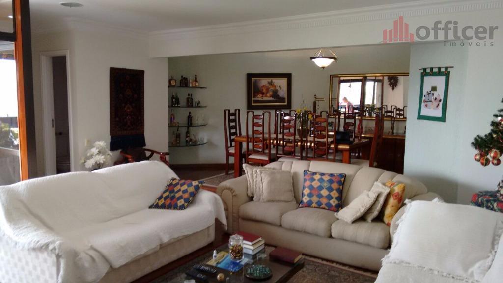 apartamento 3 dormitórios(1 suíte com sacada), 175m², sala para dois ambientes com sacada, lavabo, cozinha ampla...