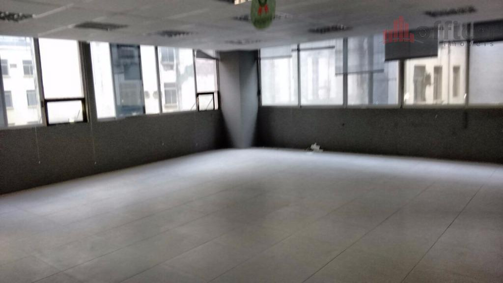 Conjunto comercial para venda e locação, República, São Paulo.