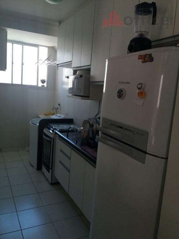 cobertura duplex c/ 2 dormitórios, 1 banheiro social, 1 lavabo, área, armários em todos os ambientes,...