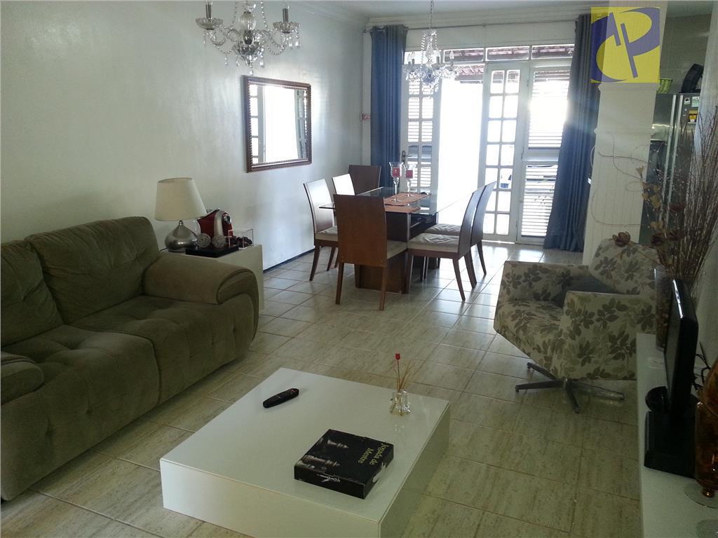 Casa residencial à venda, Sapiranga, Fortaleza - CA2009.