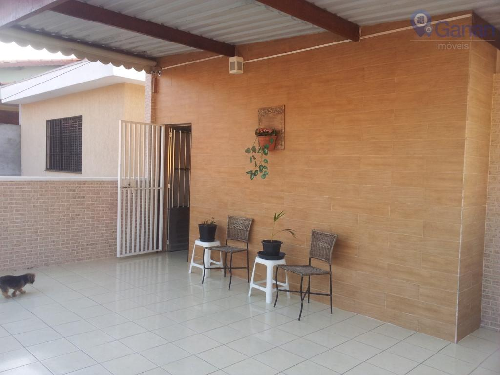 Casa residencial à venda, Vila Carrão, São Paulo.