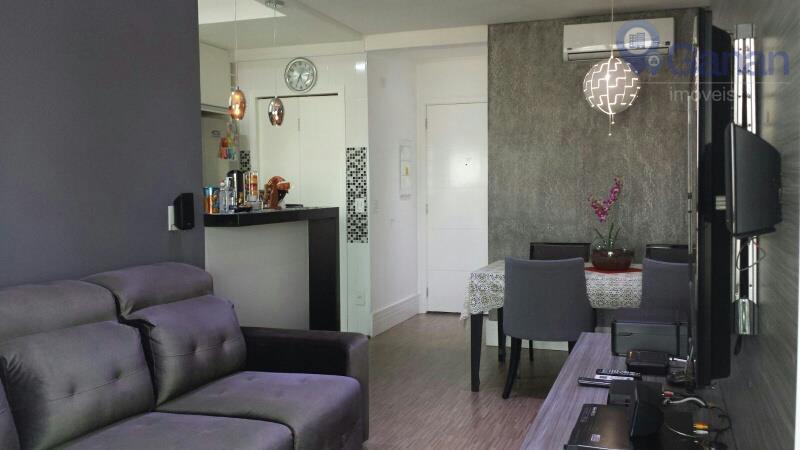 Venda com renda, lindo apartamento  com terraço gourmet e vista.