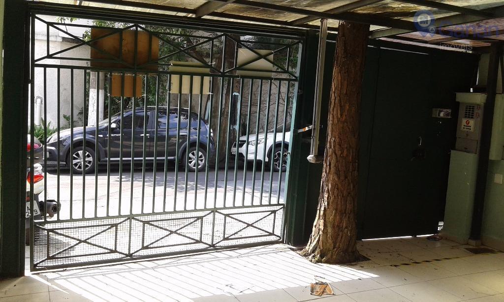Sobrado comercial para venda e locação, Campo Belo, São Paulo.