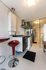 * 2 dormitórios* 1 suíte* 1 vagas* ricos em armários * closet* varanda com churrasqueira em...