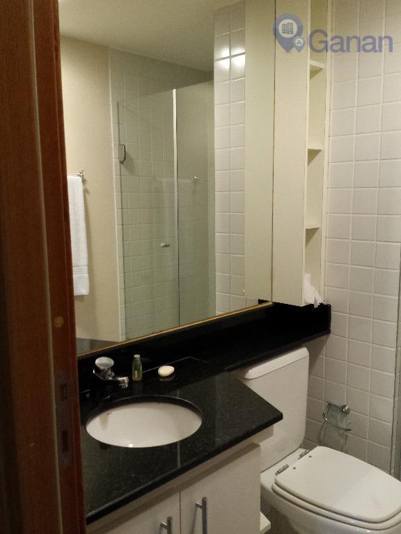 * ótimo flat * com excelente localização * rua acessível, com vários comércios por perto *...