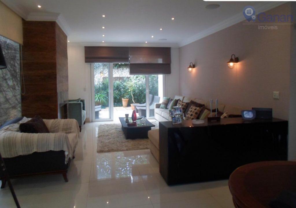 Casa residencial em condomínio fechado no Alto da Boa Vista. Aqui, cada detalhe recebeu especial atenção!!