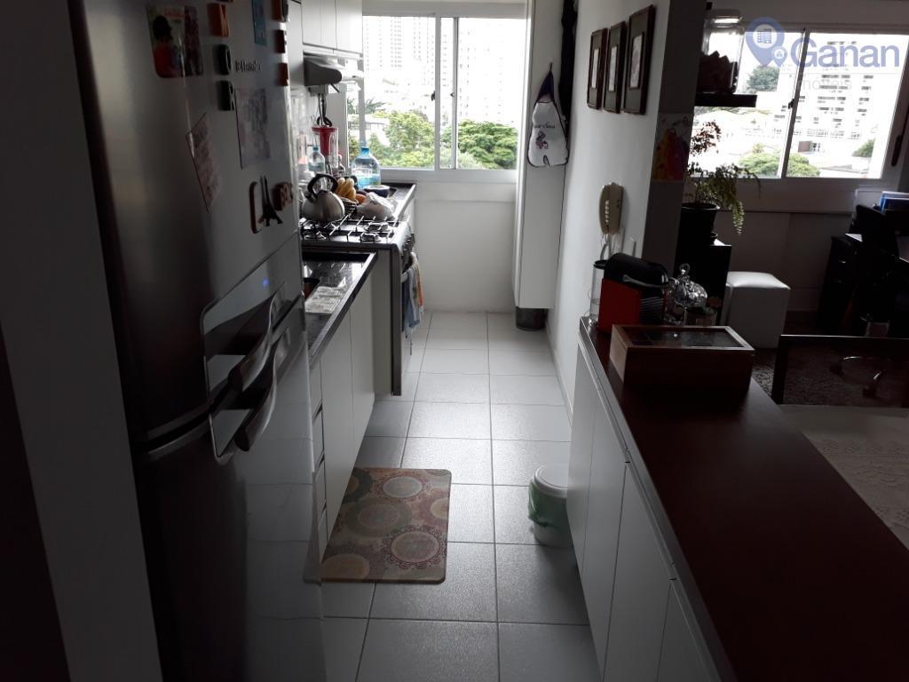 * 1 dormitório * cozinha americana* cozinha planejada* ar - condicionado* conservação excepcional* armários de alta...