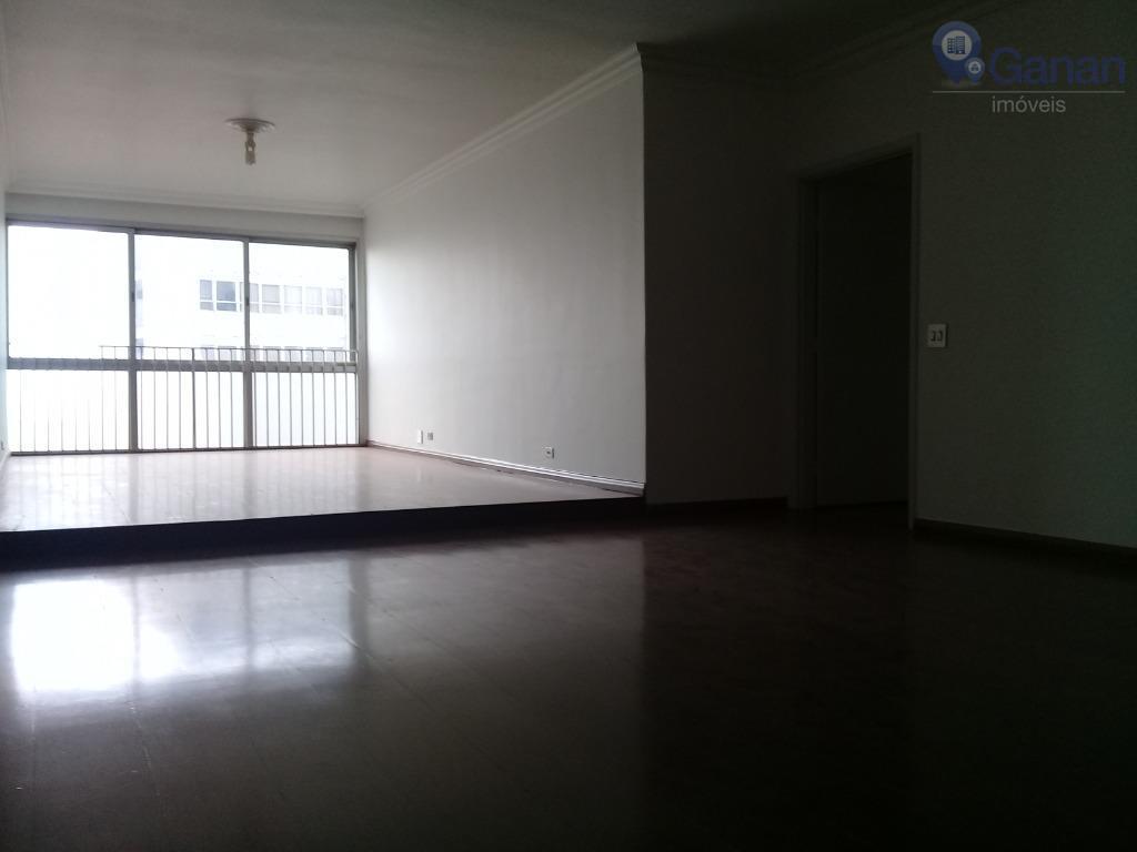excelente apartamento, planta quadrada, espaçoso, bem iluminado, com 3 dormitórios, sendo 1 suíte, andar alto. próximo...