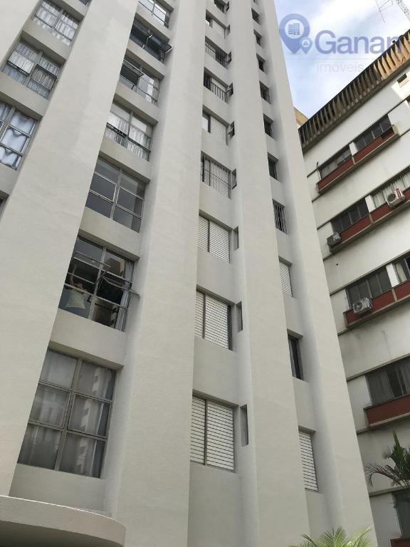 Apartamento com 2 dormitórios para alugar, 130 m² por R$ 2.700/mês - Brooklin Paulista - São Paulo/SP