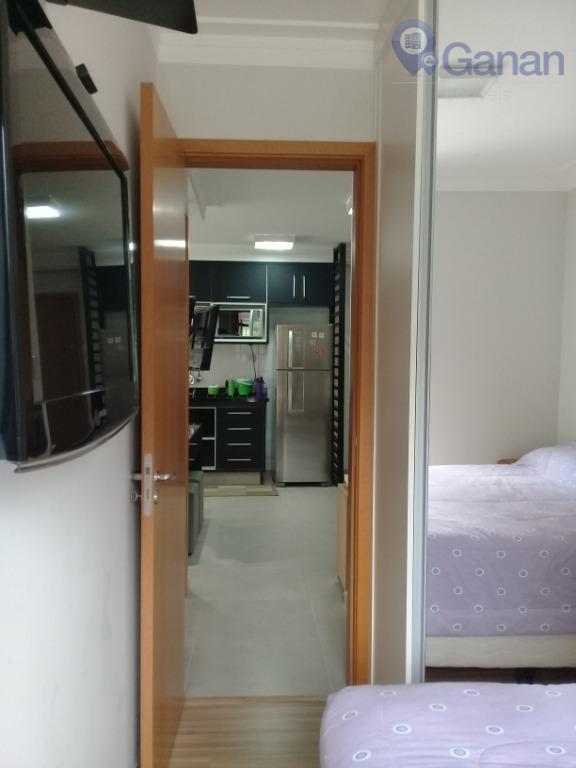 belíssimo apartamento decorado e mobiliado na saúde com 02 dormitórios sendo 02 suítes. 56 m² de...