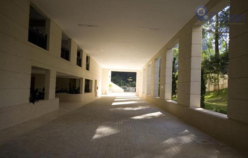 **o morumbi concentra alguns dos bairros mais nobres da cidade de são paulo e do brasil,...