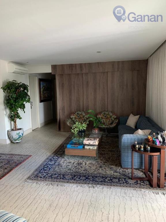 reformadíssimo!! 3 dormitórios, sendo uma suíte, cozinha, armários planejados, sala ampla para 02 ambientes com varanda,...