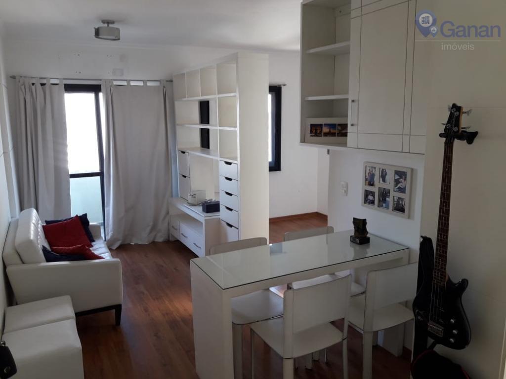 Prédio cobiçado, apartamento com reforma impecável e excelente localização.