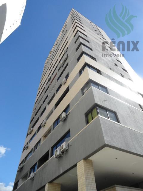 Apartamento 2 quartos, 1 vaga, Ed. Golden Tower, Praia de Iracema, Fortaleza.