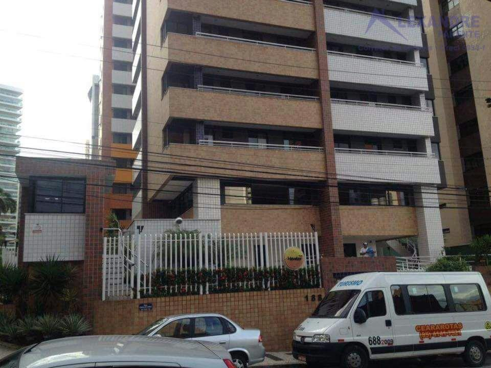 Excelente apartamento a pouco mais de 100m da Beira Mar, todo projetado. Aproveite essa oportunidade!!!