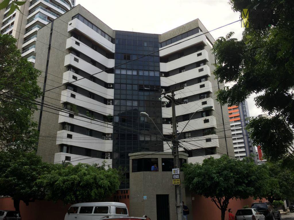 Apartamento residencial para venda e aluguel, Meireles - 100 metros da Praça Portugal
