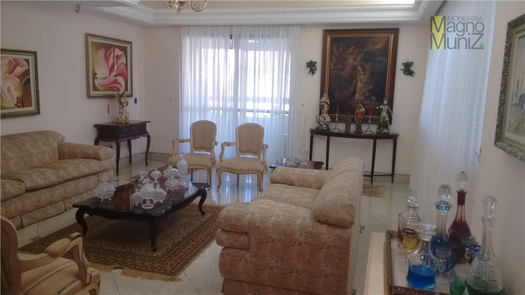 Edifício Port Canes - Apartamento residencial à venda, Meireles, Fortaleza - AP0288.