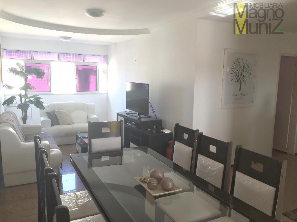 - Edifício Onelma - Praia do Futuro - Excelente apartamento com móveis fixos de muito bom gosto