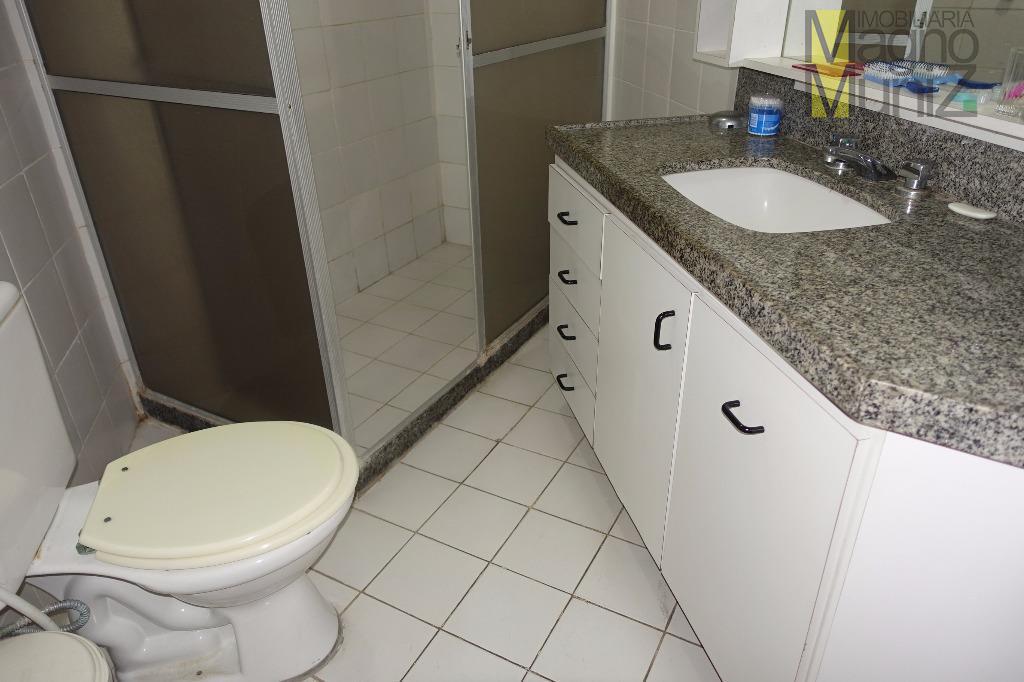 Banheiro 1 - Apartamento