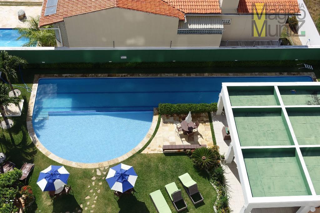 Visão da varanda para piscina