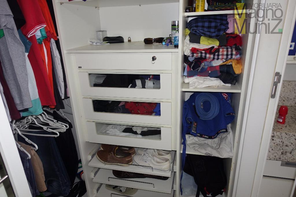 Suíte 2 - Closet