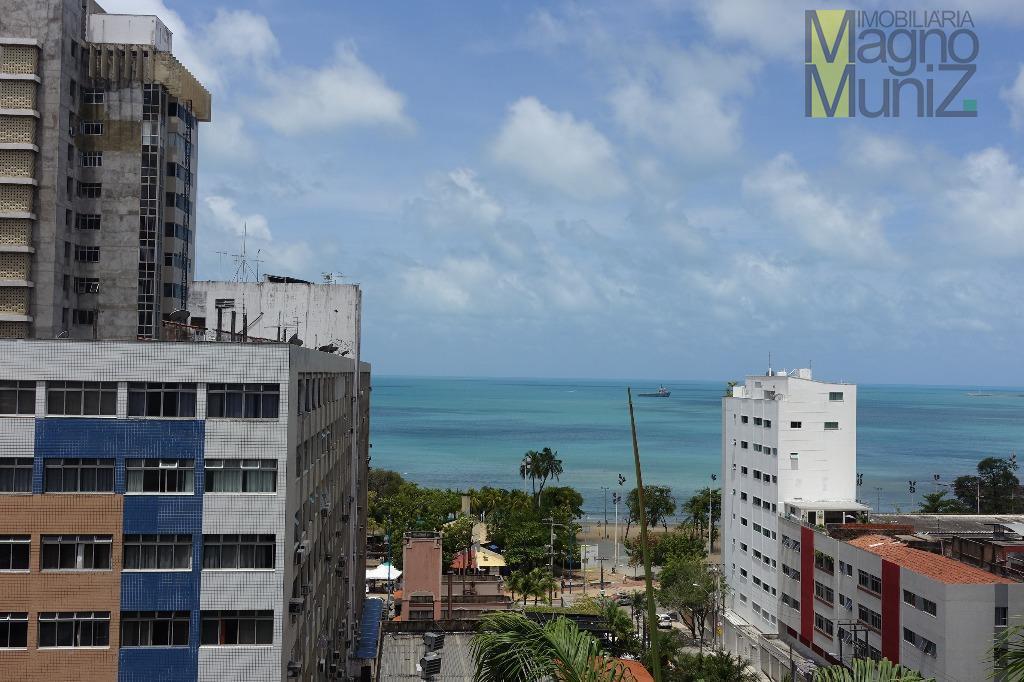 excelente apartamento com vista mar, à 200m da beira mar, próximo a tudo que sua família...