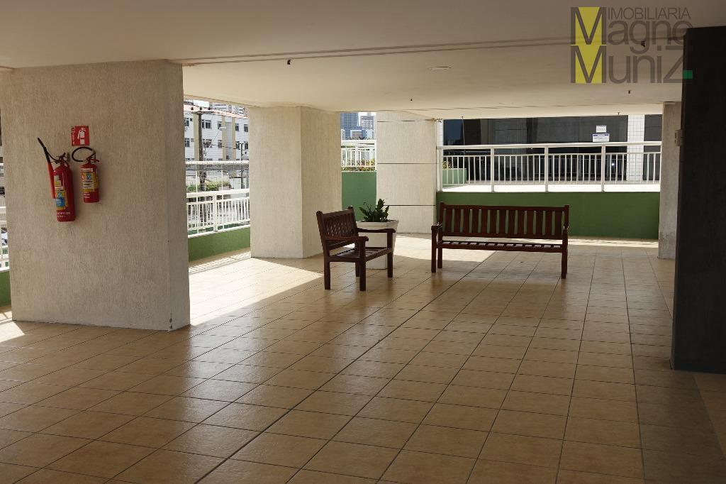 - edifício jardim de atlantida -localizado na rua dr. josé frota, nº 255, varjota, frente para...