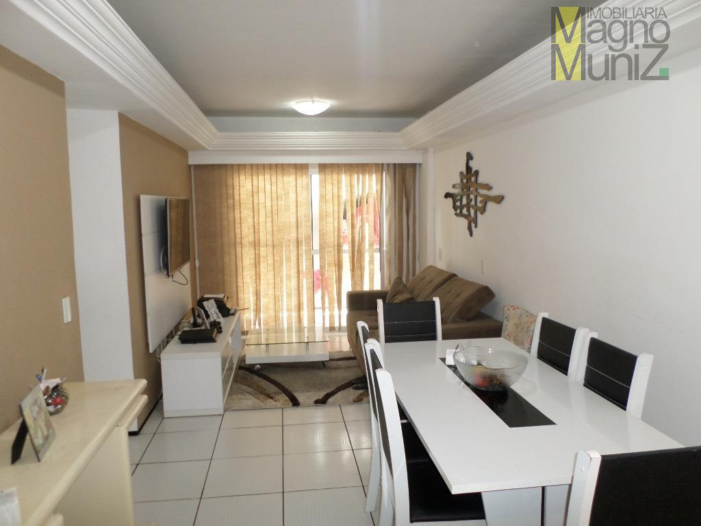 Apartamento muito espaçoso em ótima localização próxima ao Shopping Riomar