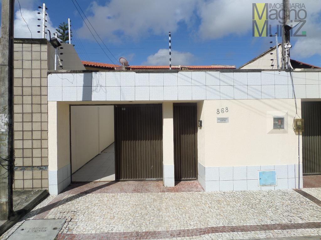 Casa duplex para alugar, Cidade dos Funcionários, Fortaleza - CA0175.