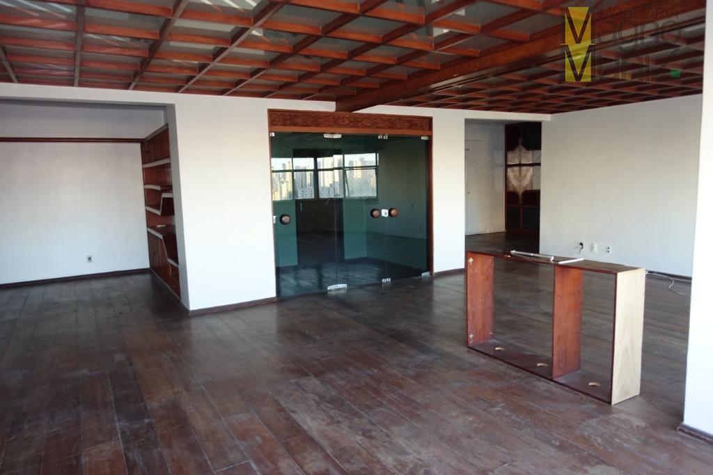 Dois apartamentos conjugados no centro da Aldeota